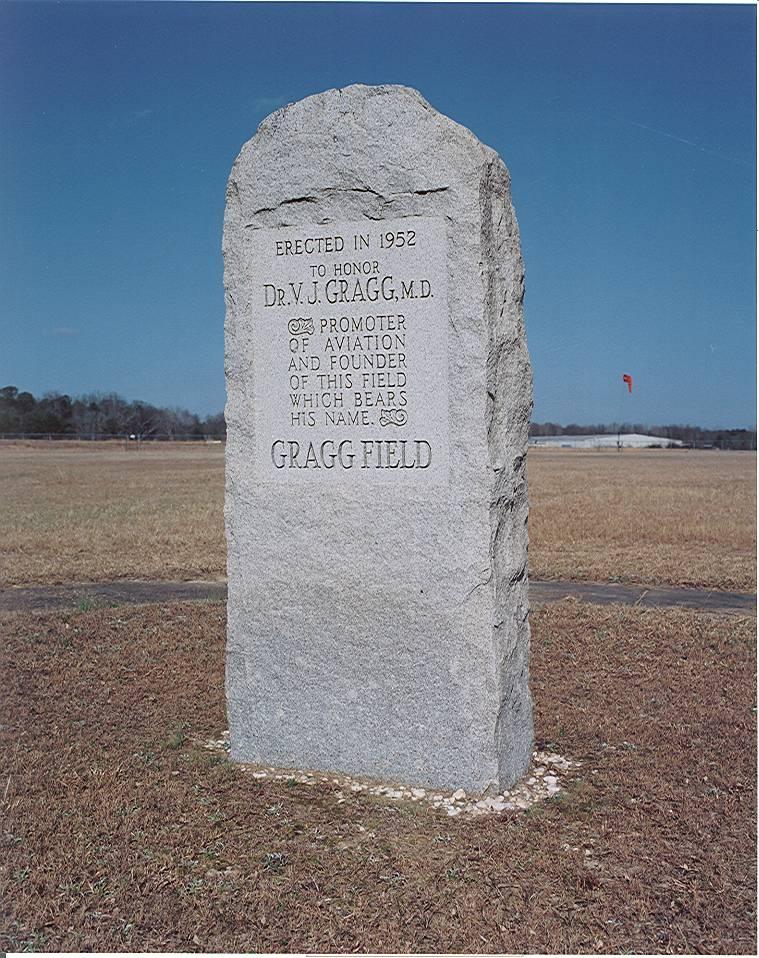 Monument to dr. v. j. Gragg, M.D.