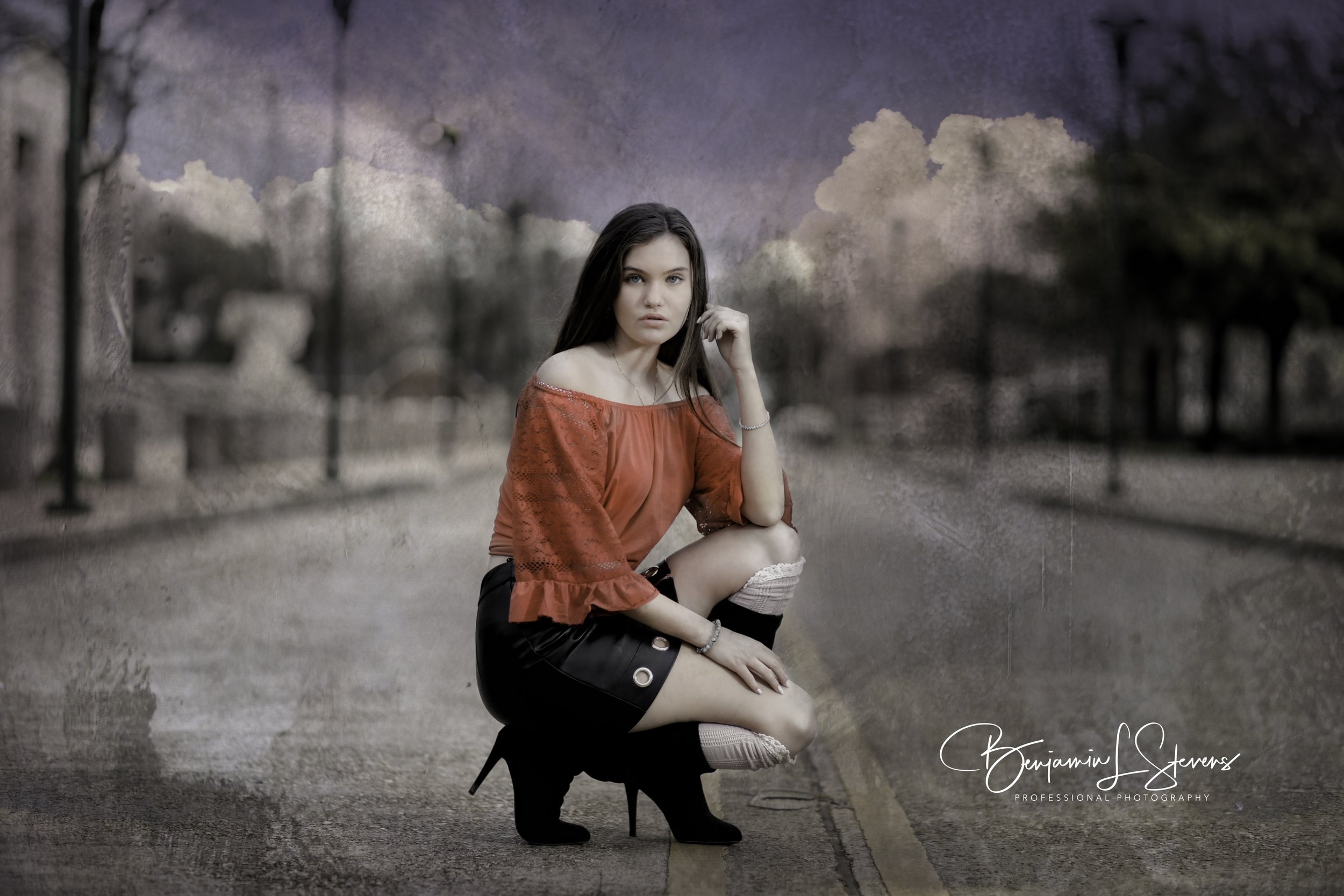 Middle of road 'Photo-Shoot' with High School Senior, This Stop Traffic!
