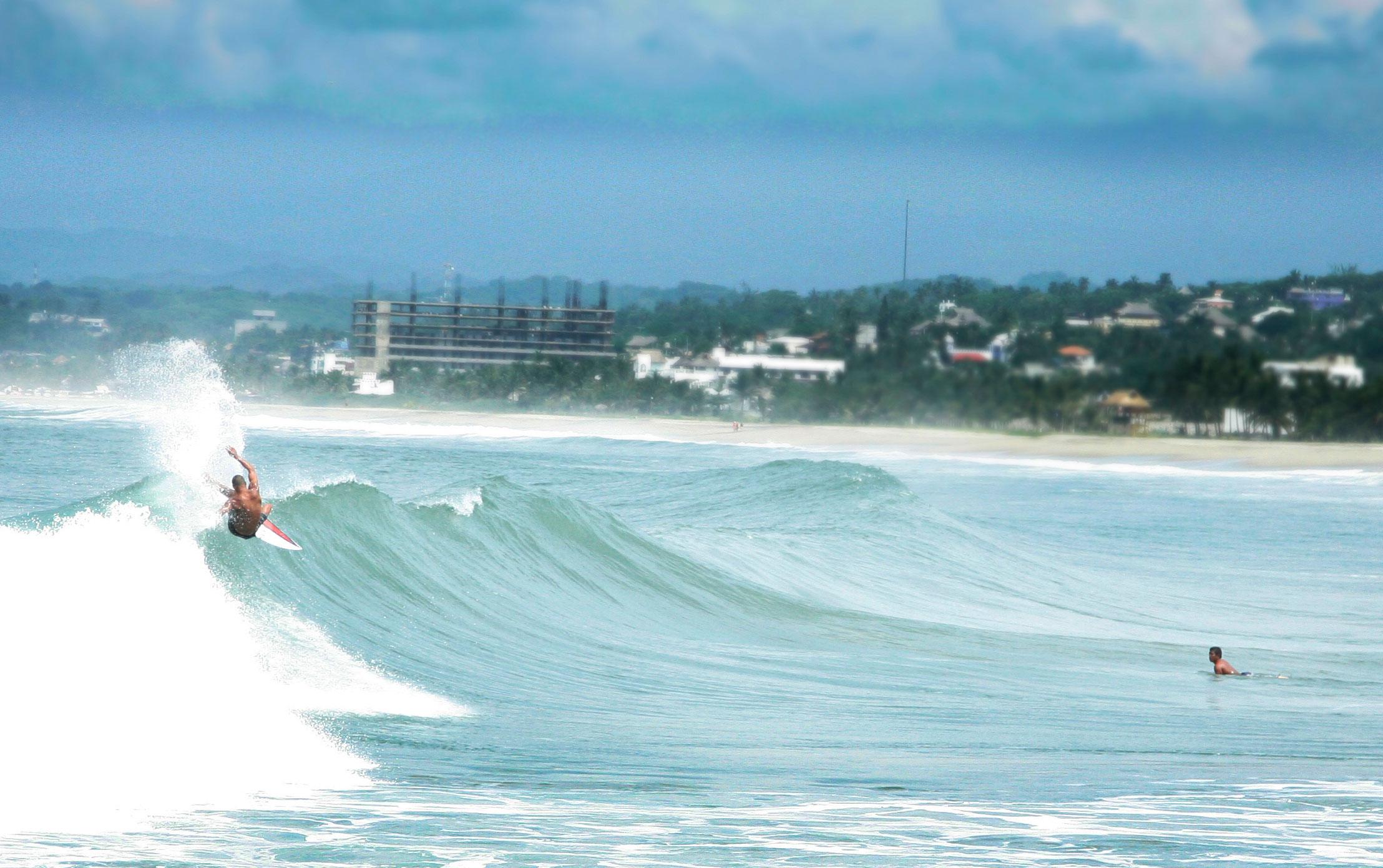 Surfers_LaPunta.jpg