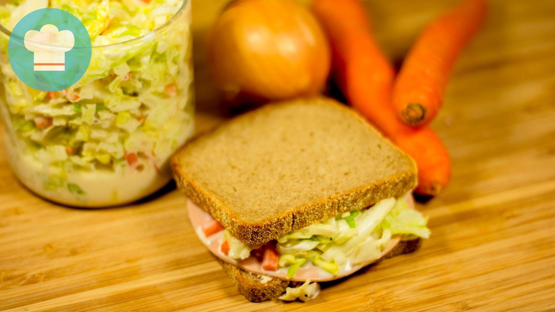 Coleslaw-Sandwich