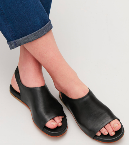 For those who like to be comfortable, these sandals are for you. They are made from soft suede with a hidden elastic detail at the back. A minimal design, it has a flat, fully padded leather sole for ultimate comfort and subtle finishes for a smooth look. Wear these on a day when you are doing a look of walking but still want to look stylish.