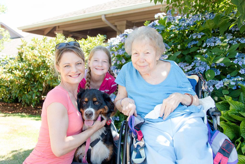 - Kathleen Grantham, with her granddaugher, Bonnie Hodge .