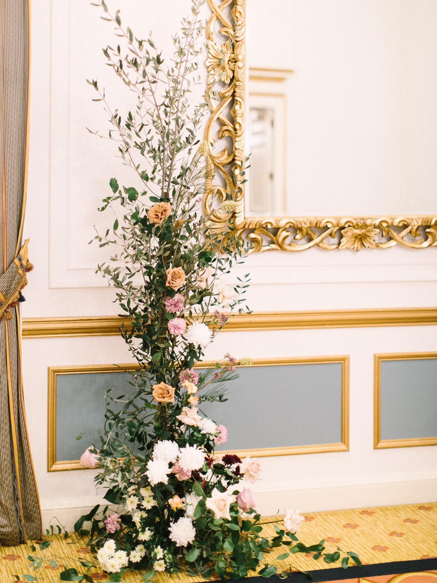 Hanna&Jordan Wedding_HotelVancouver_9114.jpg