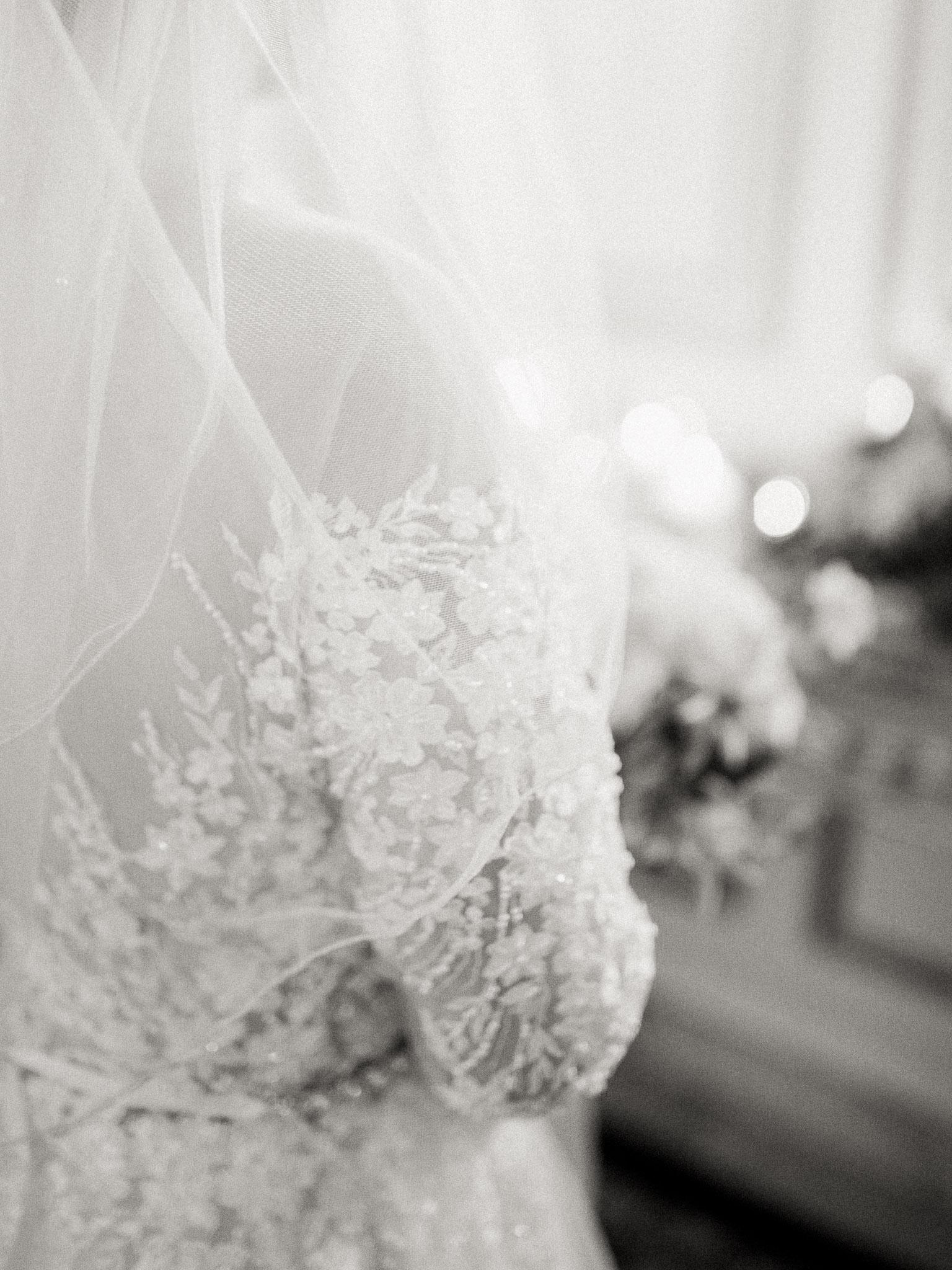 Hanna&Jordan Wedding_HotelVancouver_9362.jpg