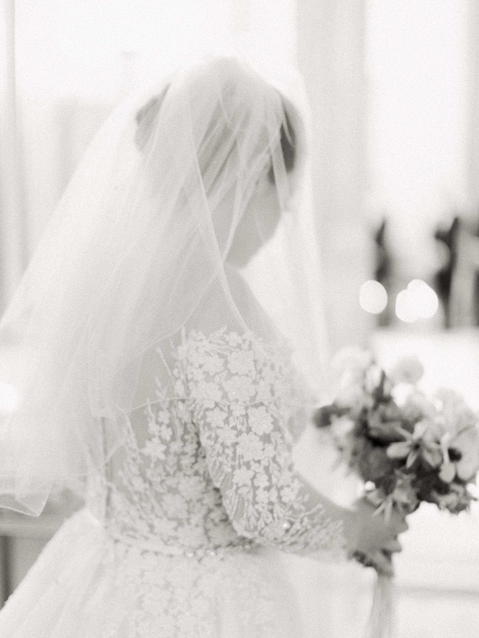 Hanna&Jordan Wedding_HotelVancouver_9367.jpg