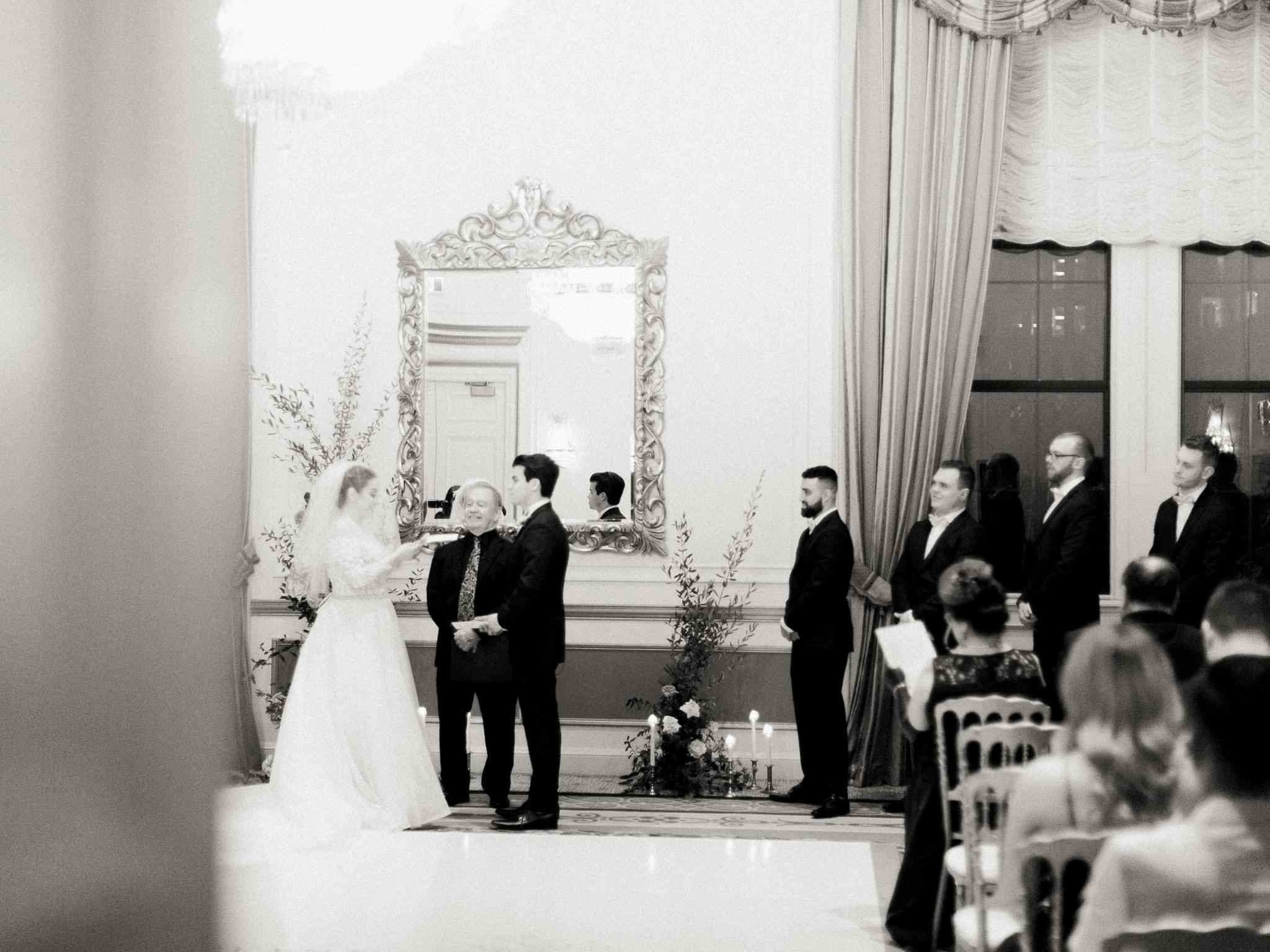 Hanna&Jordan Wedding_HotelVancouver_9371.jpg
