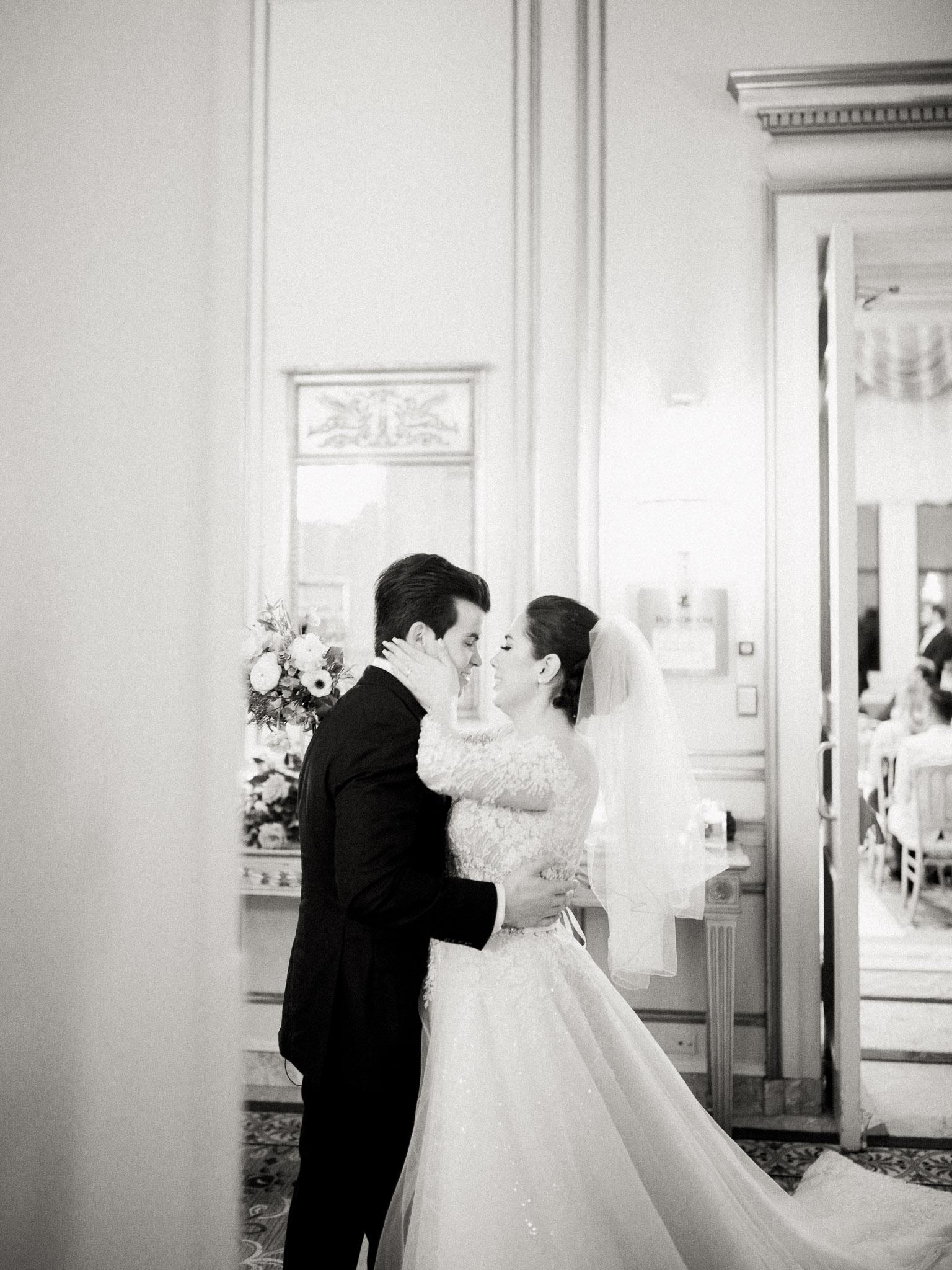 Hanna&Jordan Wedding_HotelVancouver_9377.jpg
