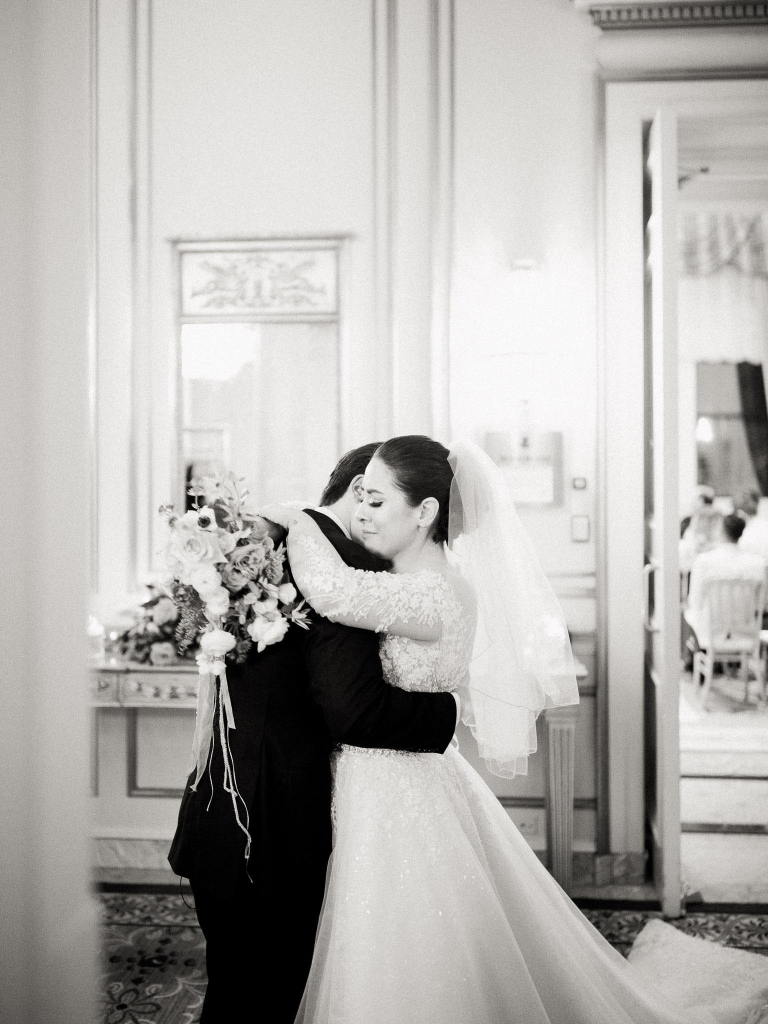 Hanna&Jordan Wedding_HotelVancouver_9378.jpg