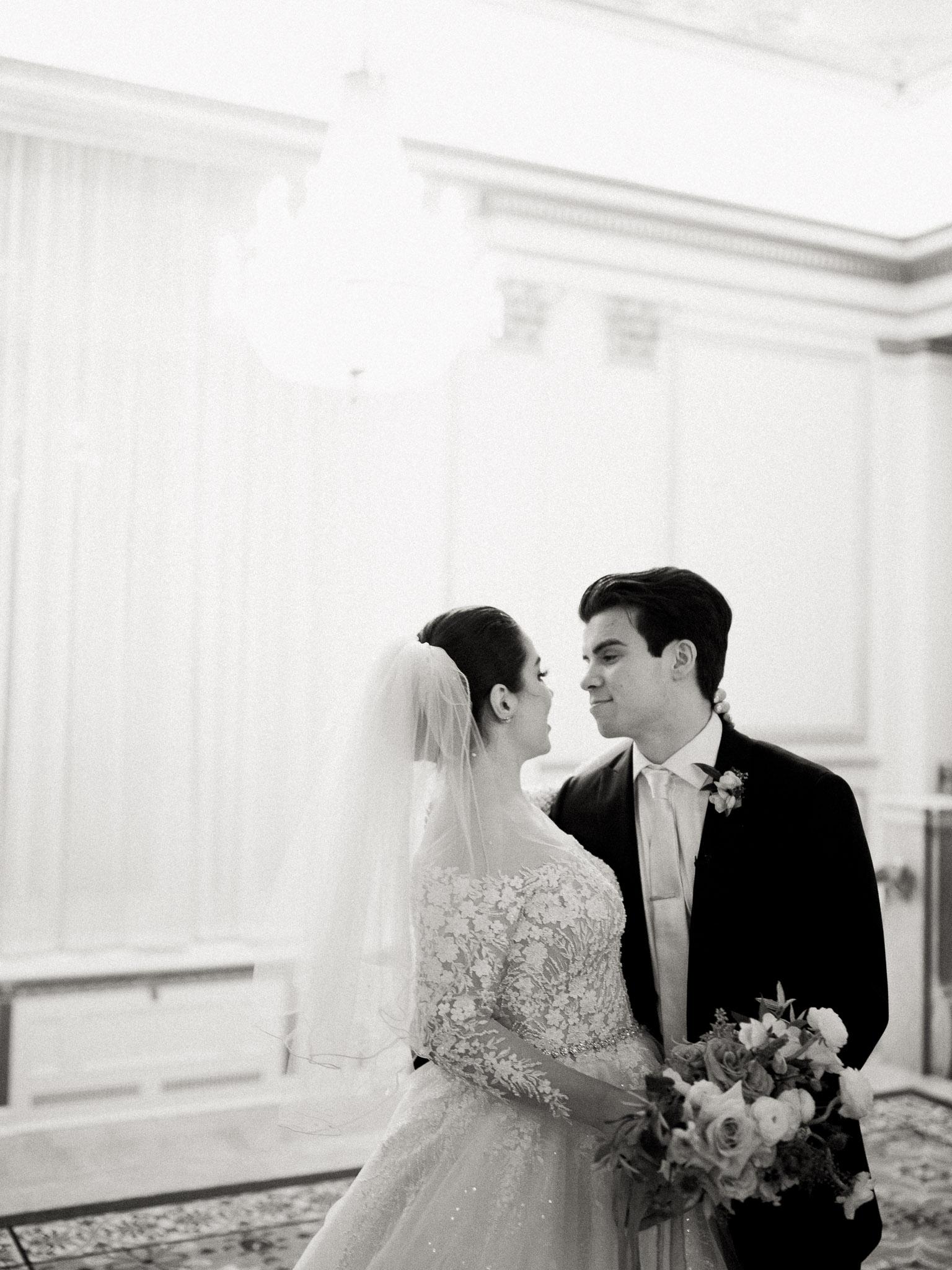 Hanna&Jordan Wedding_HotelVancouver_9450.jpg