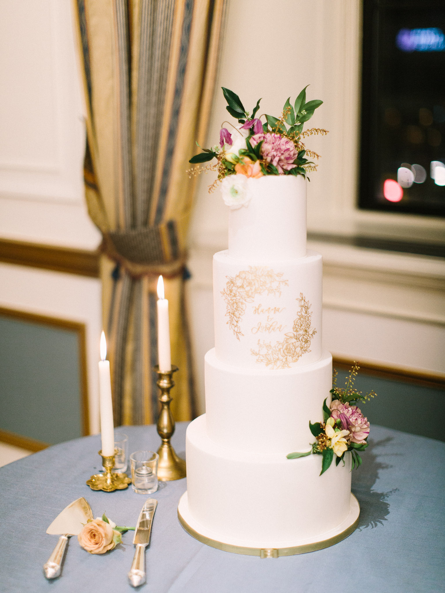 Hanna&Jordan Wedding_HotelVancouver_9525.jpg