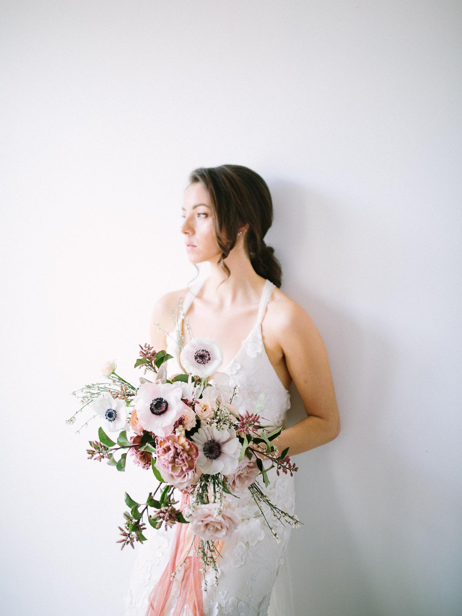 ModernNaturalStyledShoot_MaricleKang_Vancouver Wedding Photographer__0127.jpg