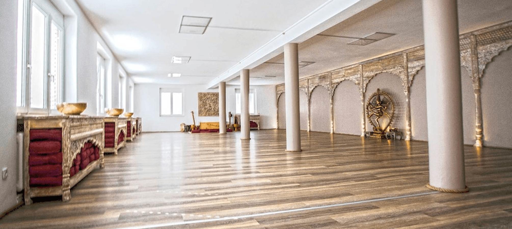 Embodied Flow Yoga Teacher Training Samsara Living and Art Germany 2017.png