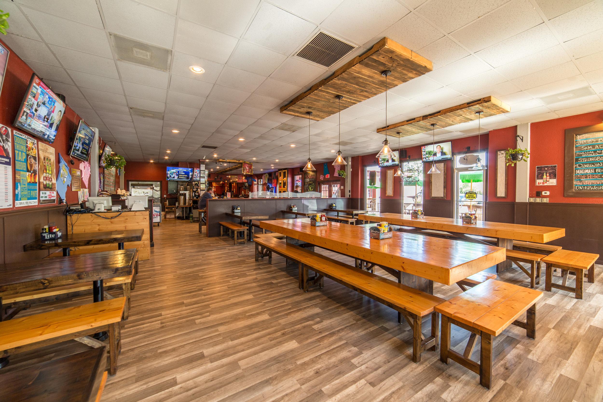 dining room 1-.JPG