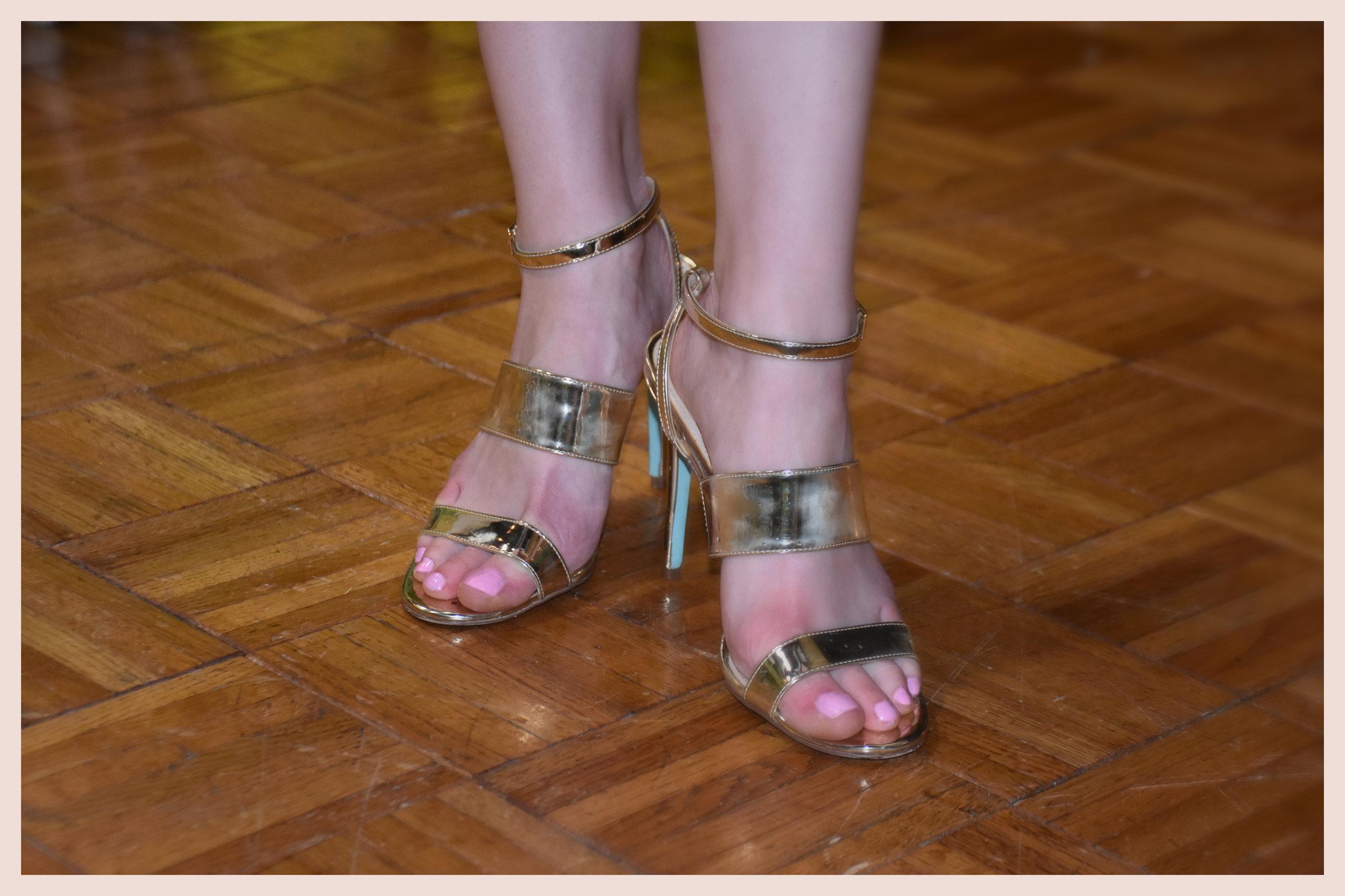 feet Olivia.jpg