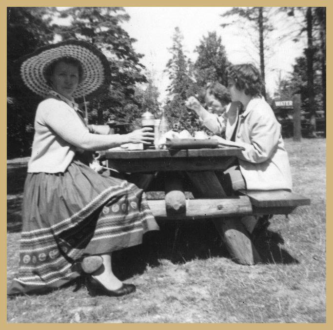 picnic Dorthy.jpg