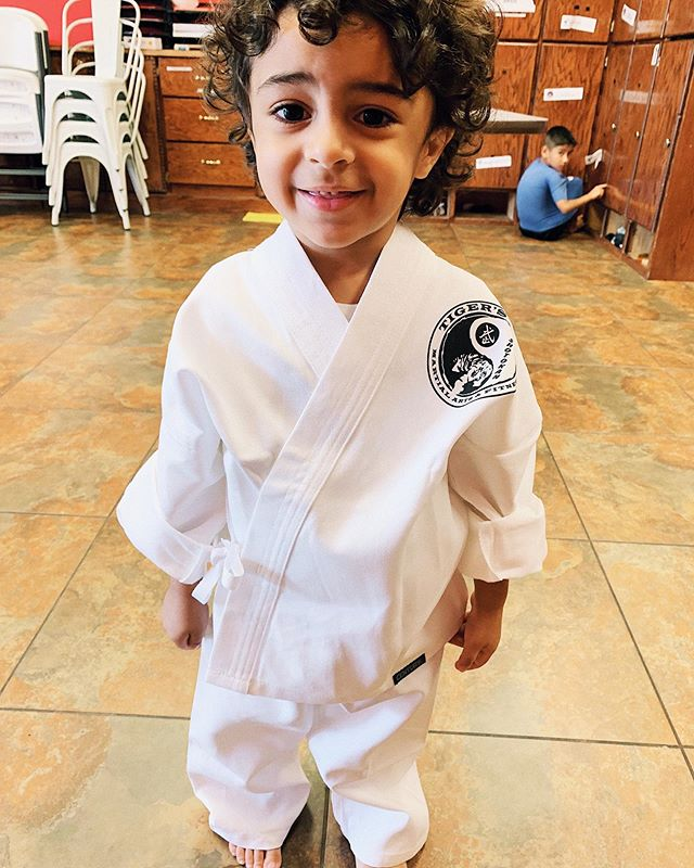 Someone took their first official karate class today!! 😍😍😍 needless to say I was beyond proud! Watch out-future ninja in training!