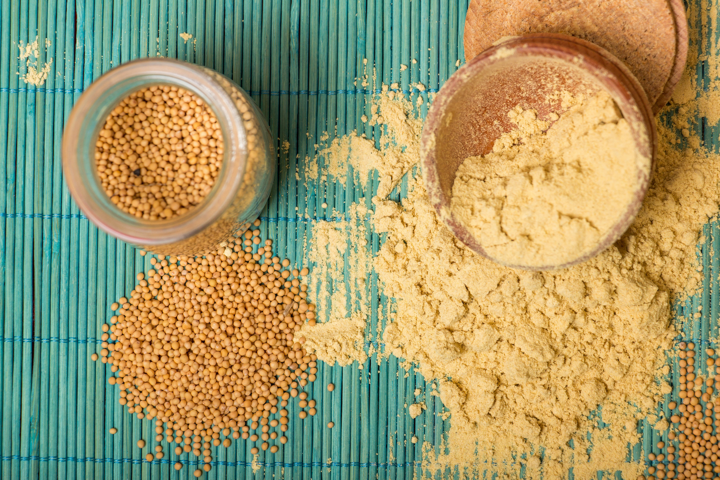 Is chest congestion bringing you down? This simple DIY Mustard Seed Pack recipe is a great natural alternative to help ease congestion to help you feel better quickly!