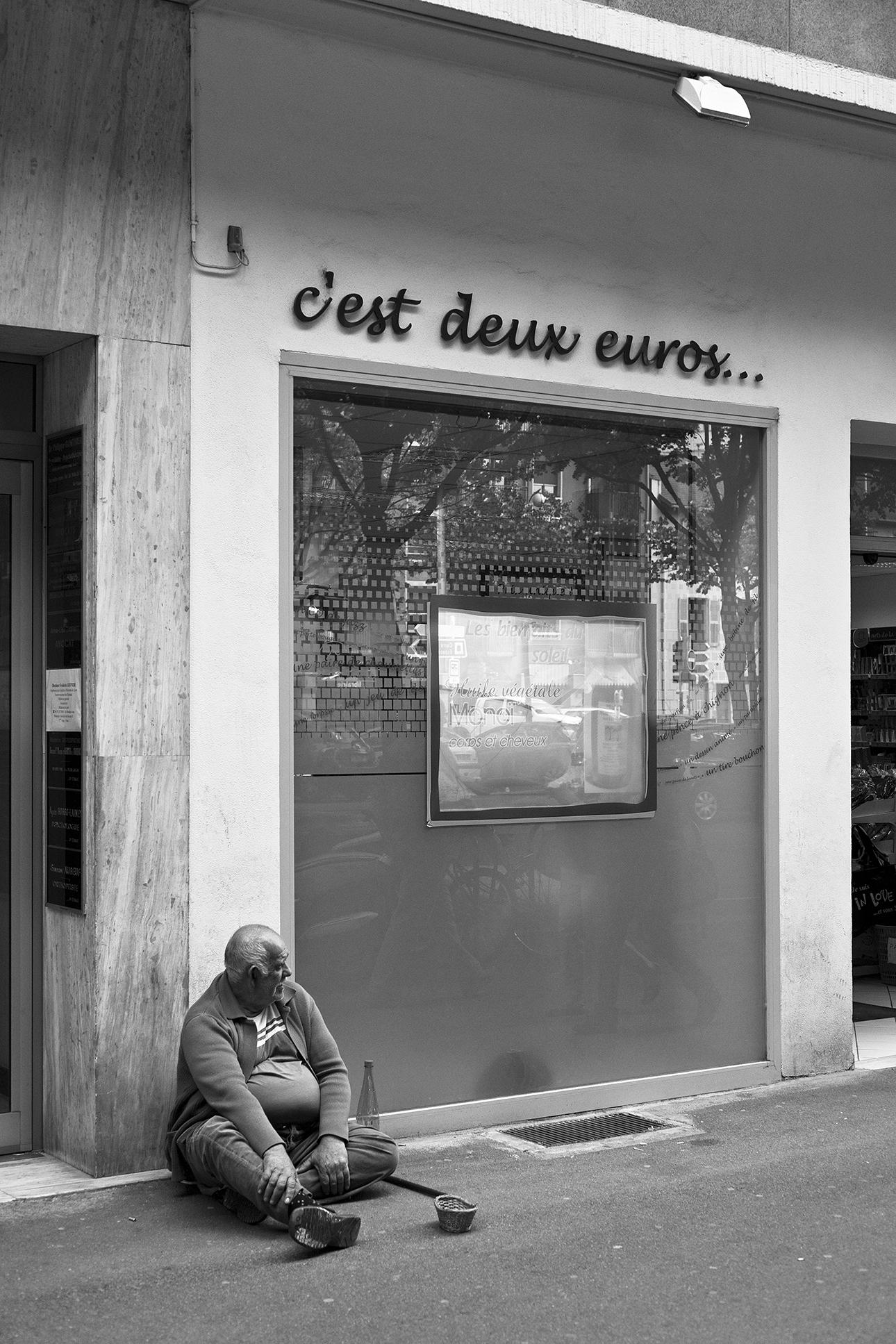 deux-euros-Chambéry-mai-2011.jpg