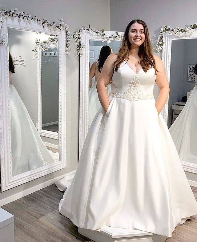Our bride Tori looks stunning in her gorgeous @venusbridalcollection satin gown. It has gorgeous beading and even has pockets!! Congratulations to Tori and her husband! . . Alterations by @affordeluxewpg ✂️The bust seams were taken in, shoulders lifted up, armholes were reshaped, and hemmed under layers. . Dress from @perfectgownwpg . . . #satinweddingdress #sewcialists #curvyblogger #plussizeweddingdress #sizeplus #winnipegseamstress #weddingdresswithpockets #lovesewing #plussizes #winnipegbridal #weddingdressalterations #204 #loveeverybody #customalterations #seamstresslife #bridalalterations