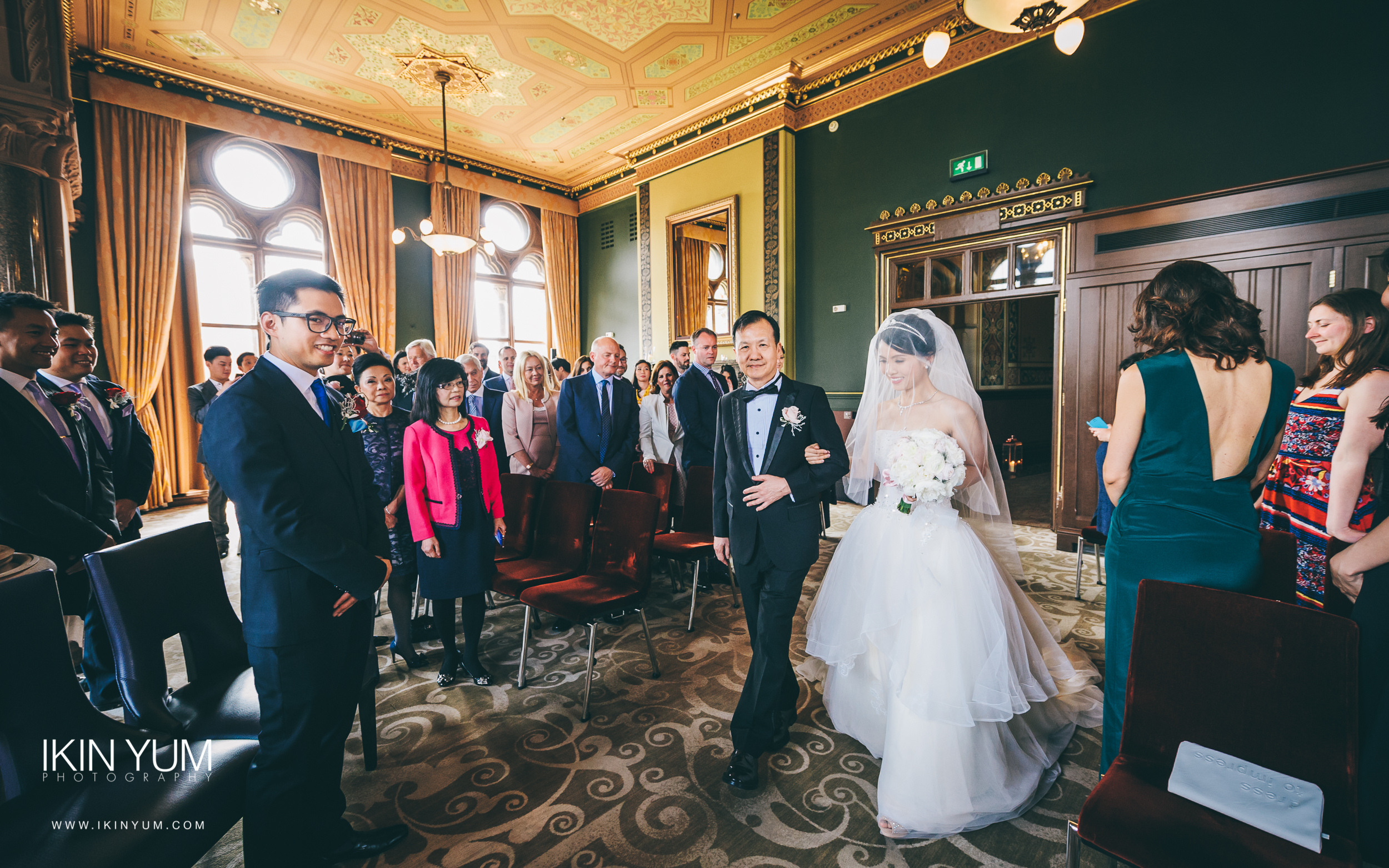 St Pancras Renaissance Hotel - Wedding - Ikin Yum Photography-079.jpg