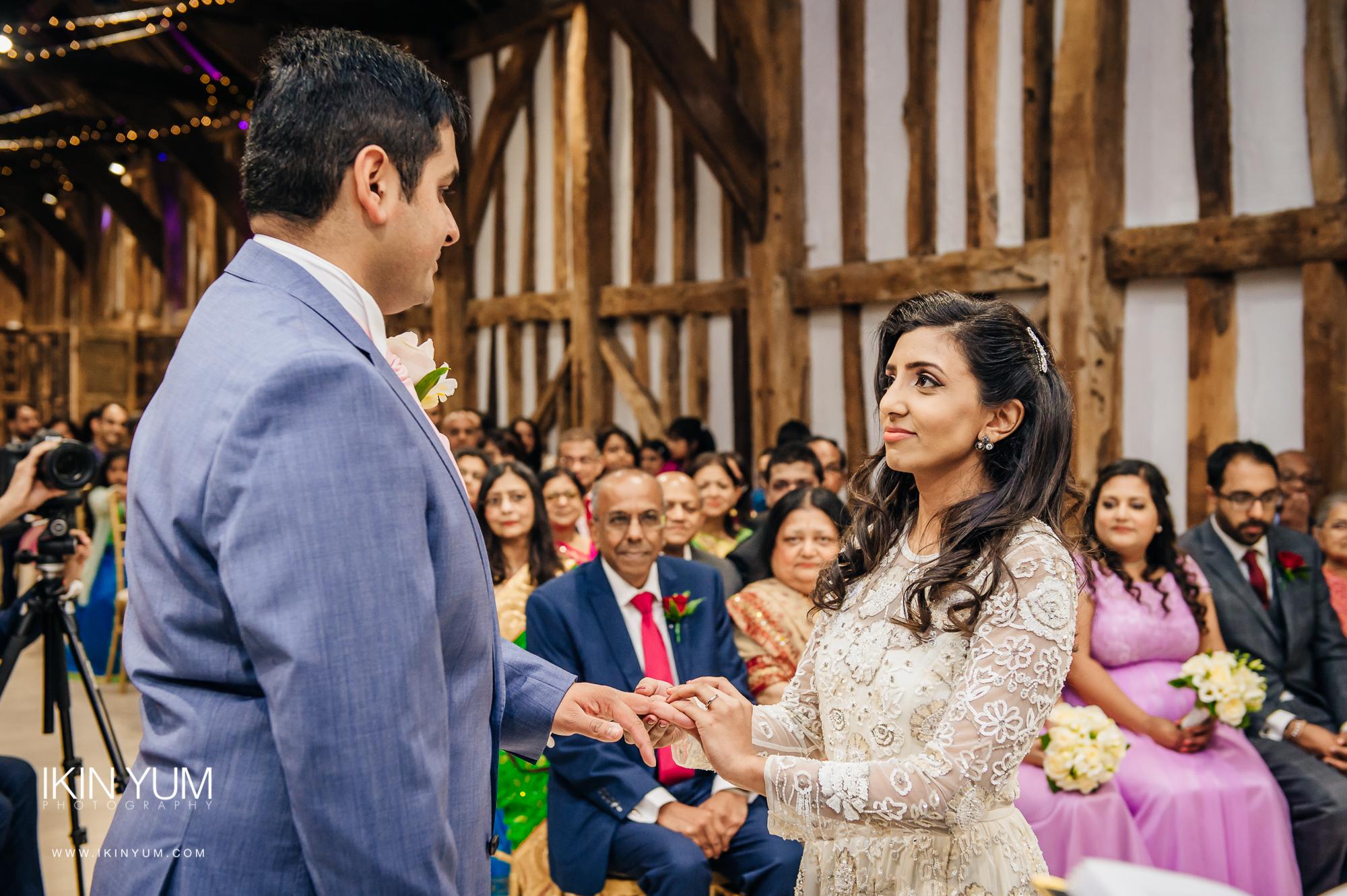 The Great Barn Wedding- Ikin Yum Photography-0044.jpg