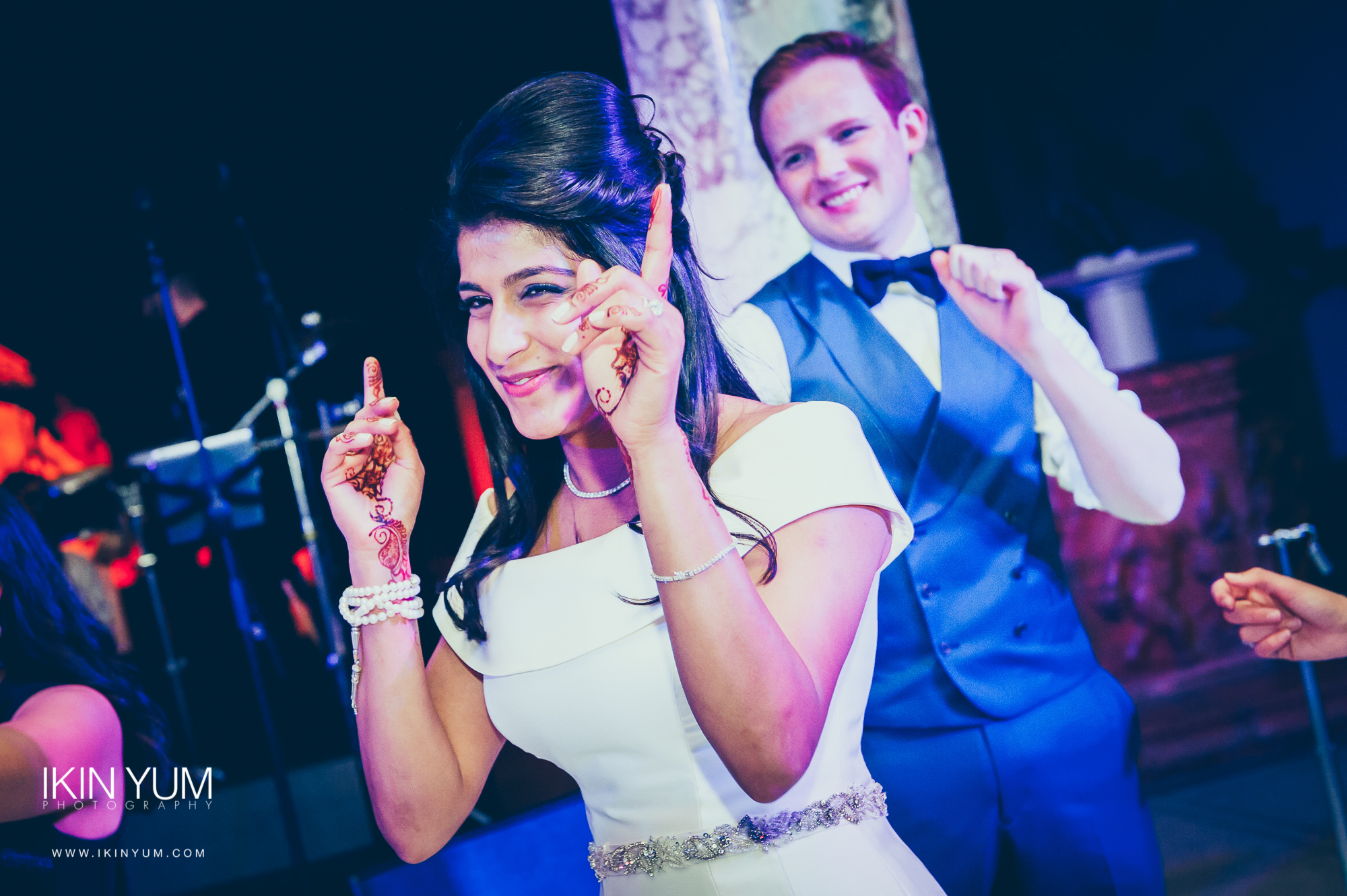 Holland Park Wedding - Ikin Yum Photography-0095.jpg