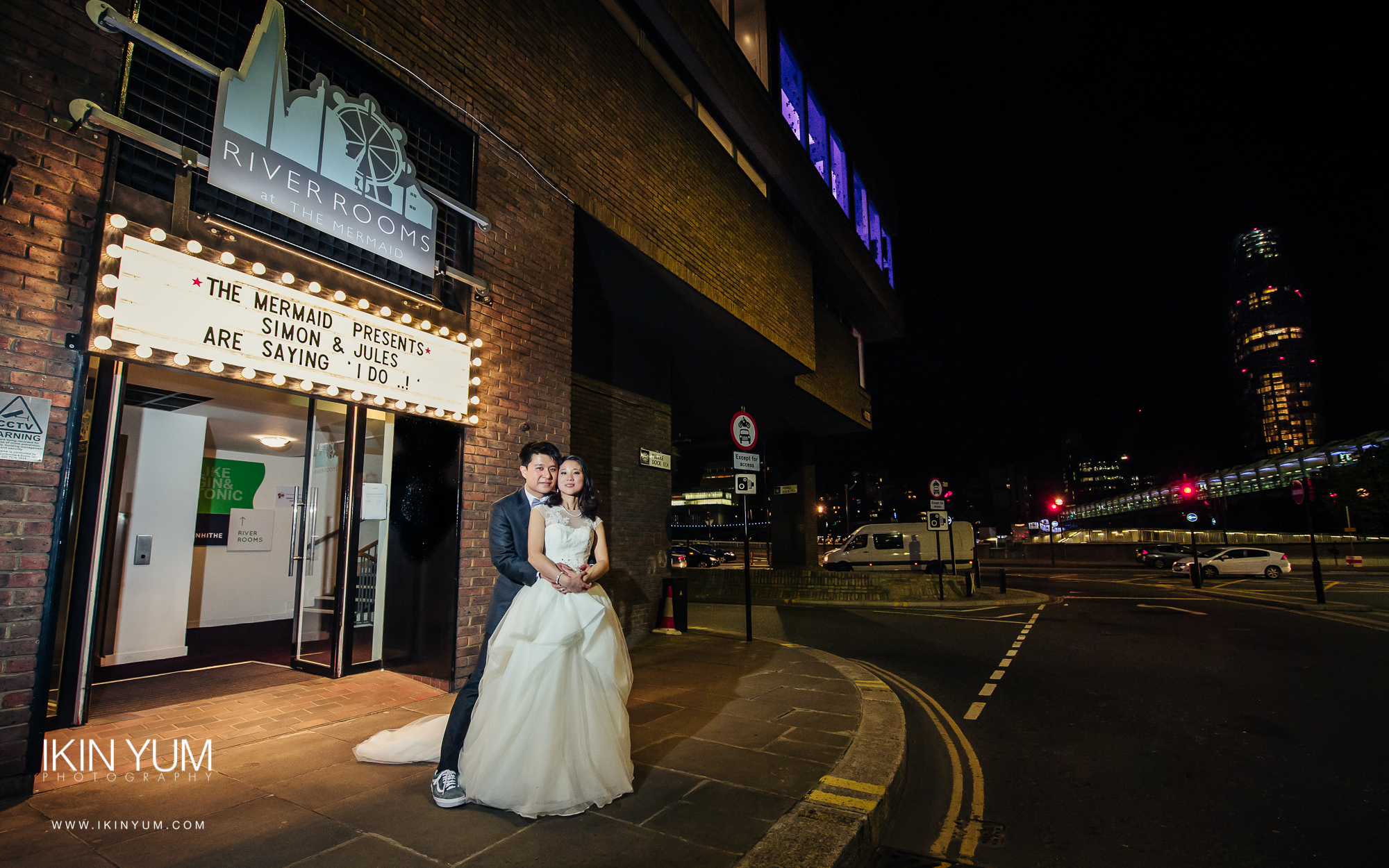 The Mermaid River Room Wedding - London Chinese Wedding Photographer