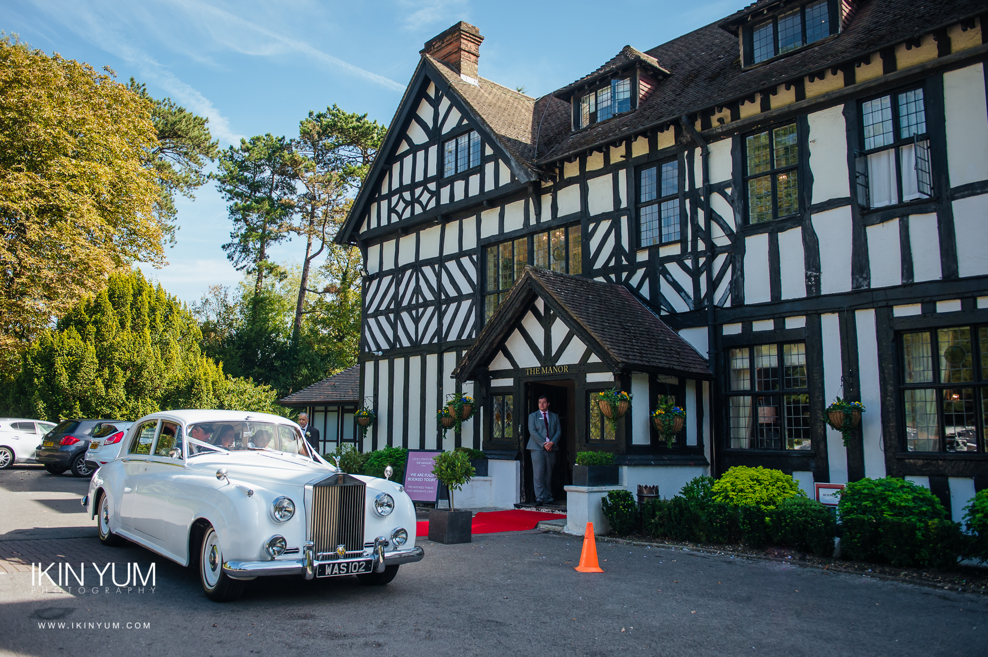 Laura Ashley Manor Wedding - Ikin Yum Photography-016.jpg