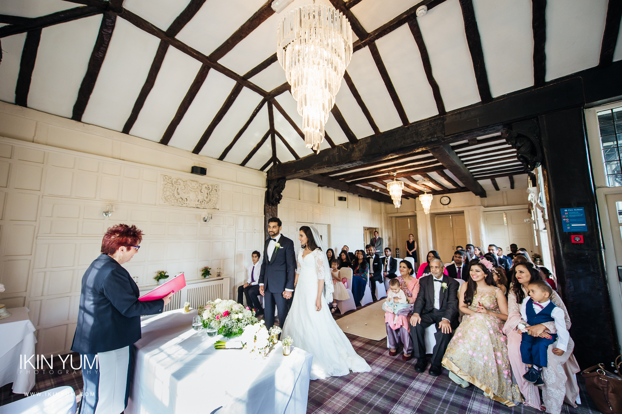 Laura Ashley Manor Wedding - Ikin Yum Photography-046.jpg