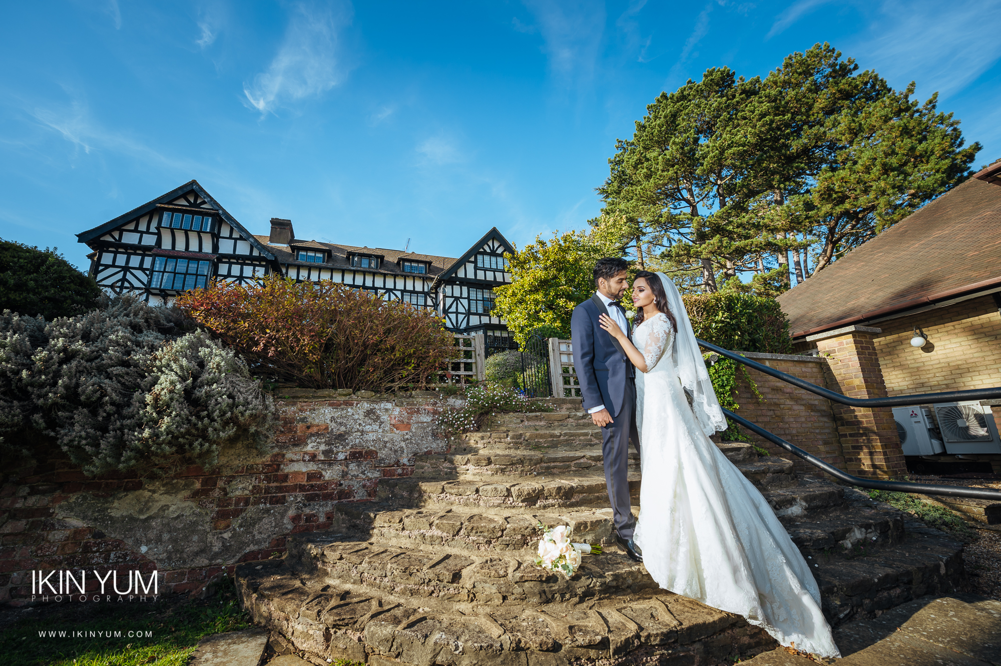 Laura Ashley Manor Wedding - Ikin Yum Photography-108.jpg