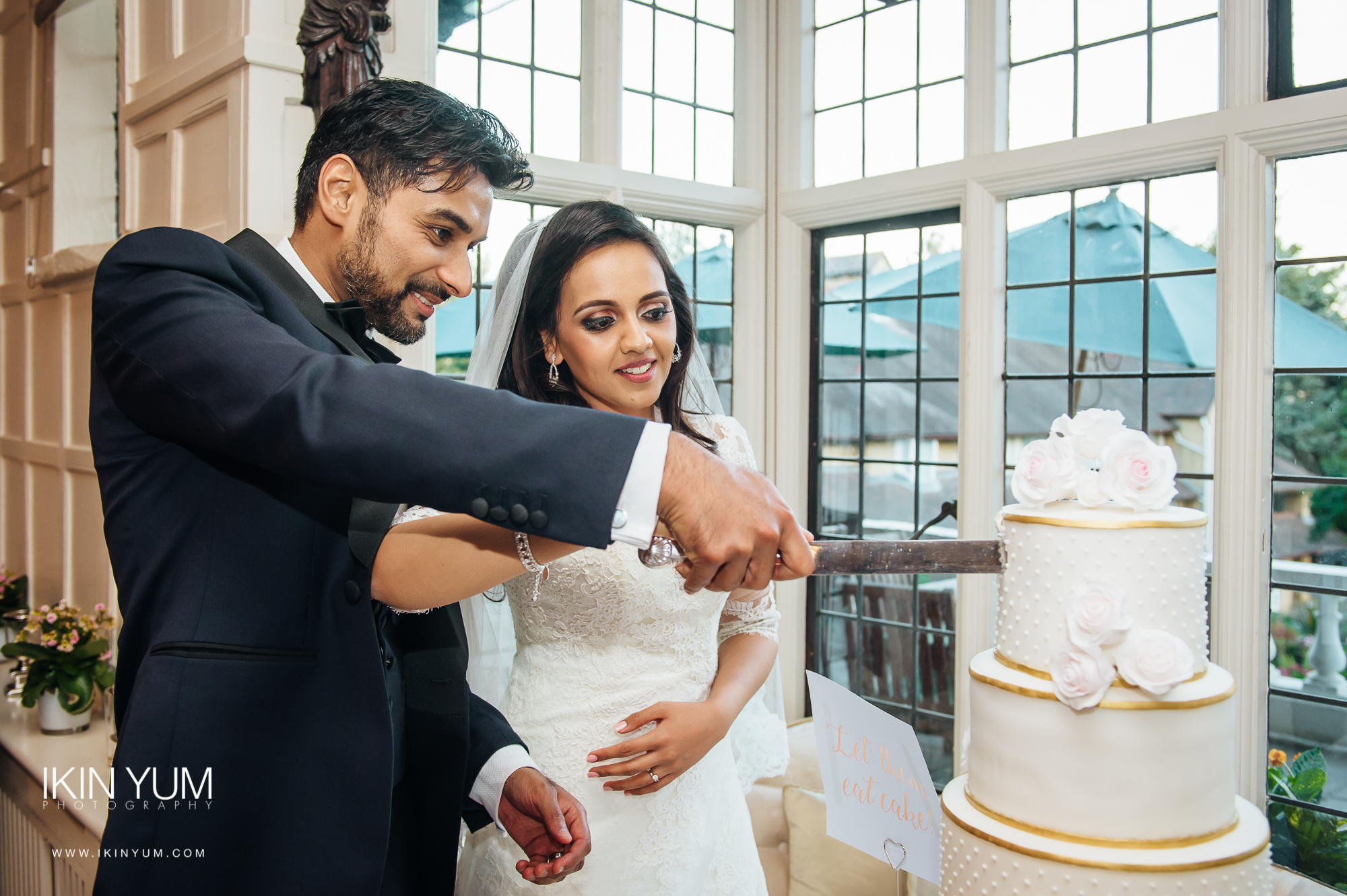 Laura Ashley Manor Wedding - Ikin Yum Photography-130.jpg