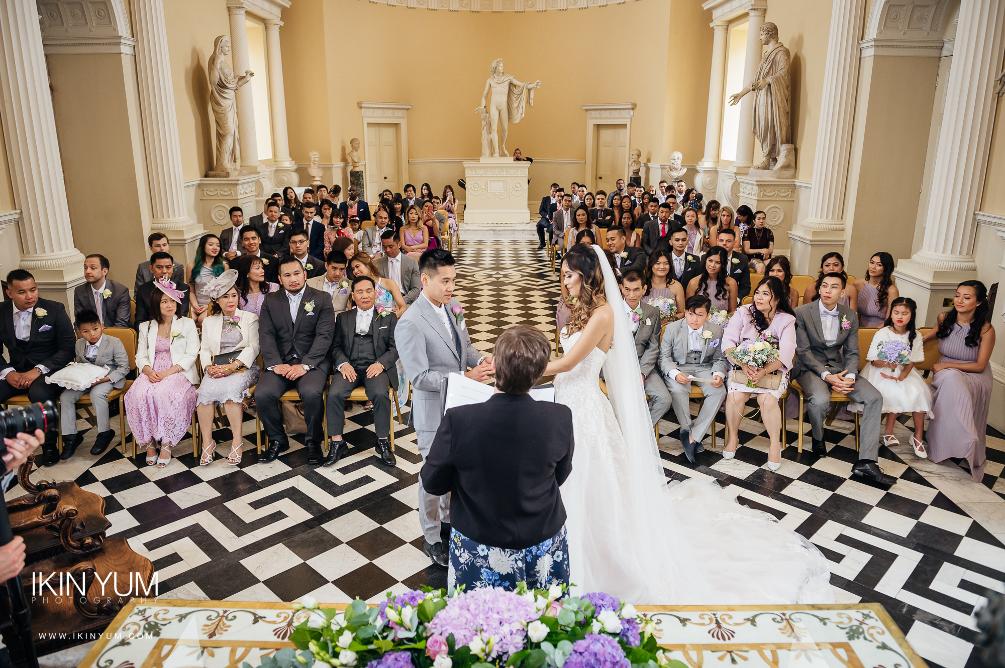 Syon Park Wedding - Ikin Yum Photography -054.jpg