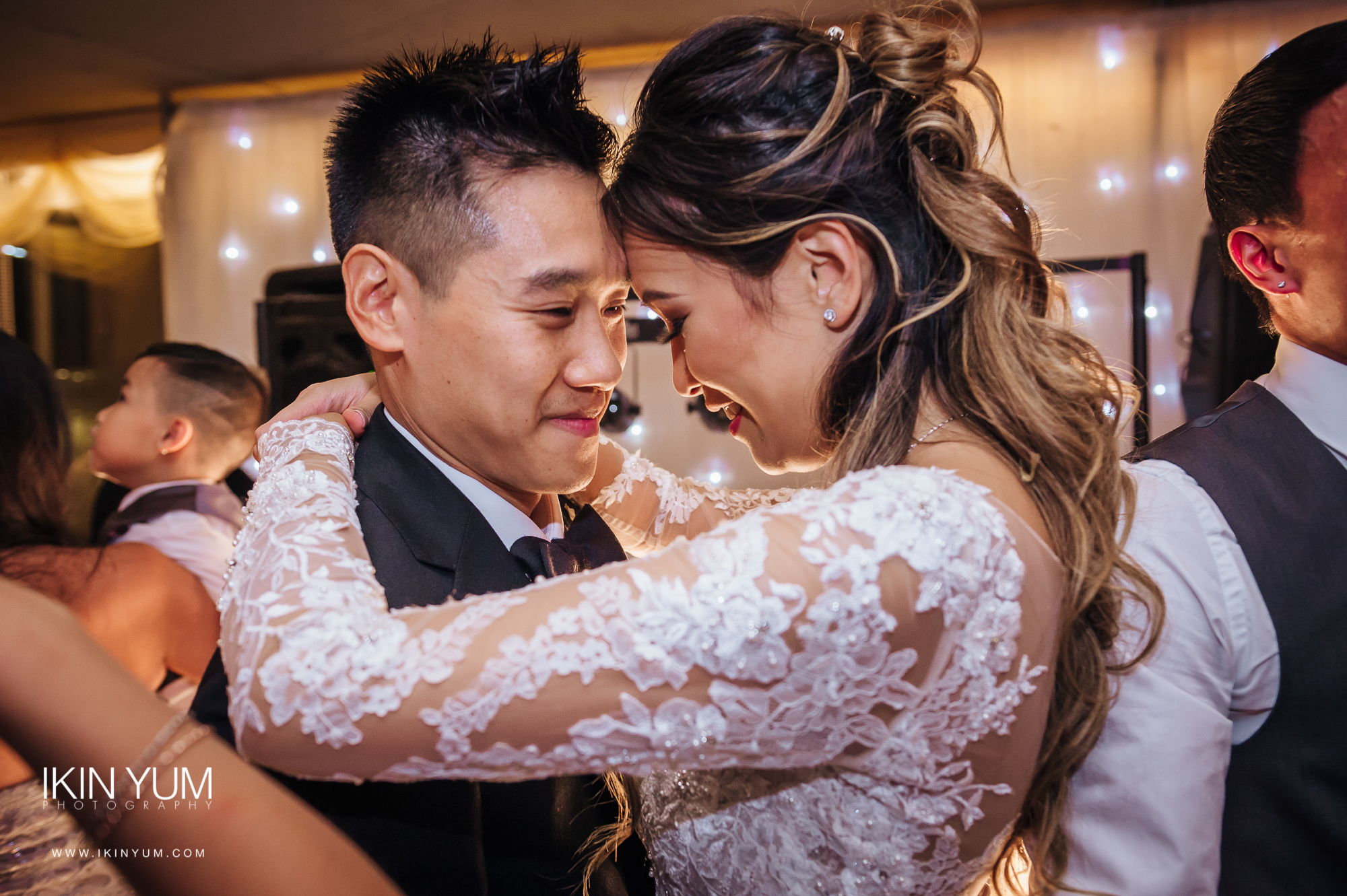 Syon Park Wedding - Ikin Yum Photography -145.jpg