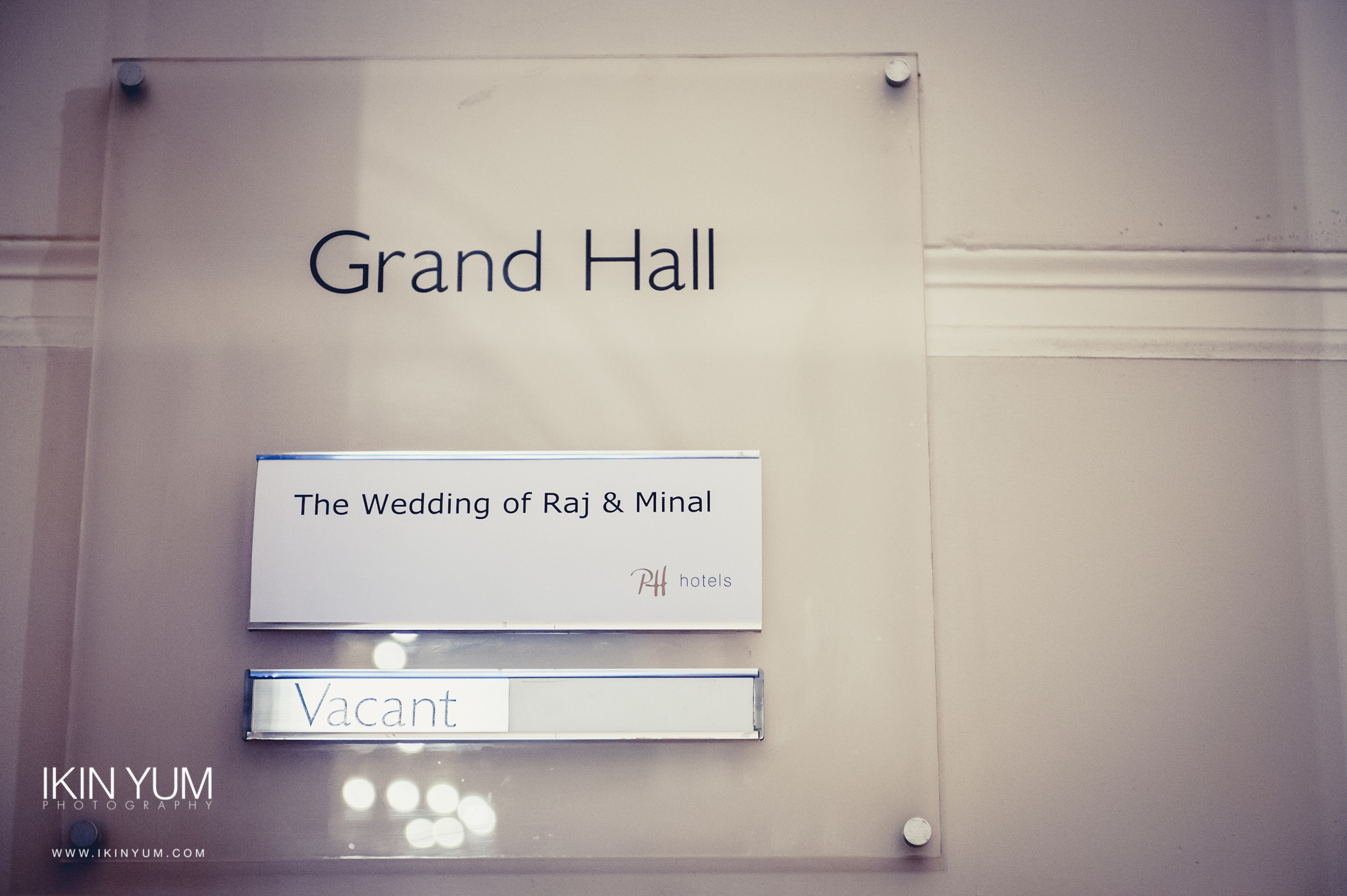 Grand Connaught Rooms Wedding - Minal & Raj - Ikin Yum Photography-009.jpg