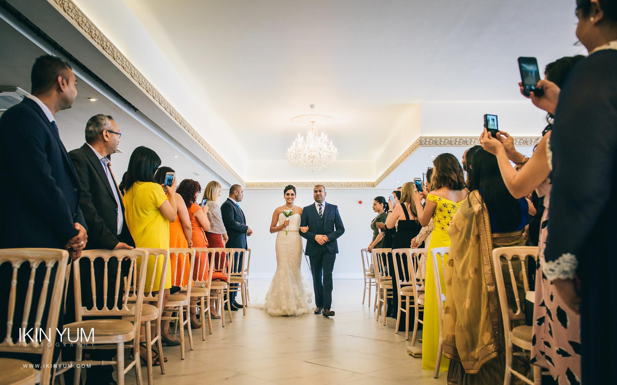 Froyle Park Indian Wedding - Ikin Yum Photography-047.jpg