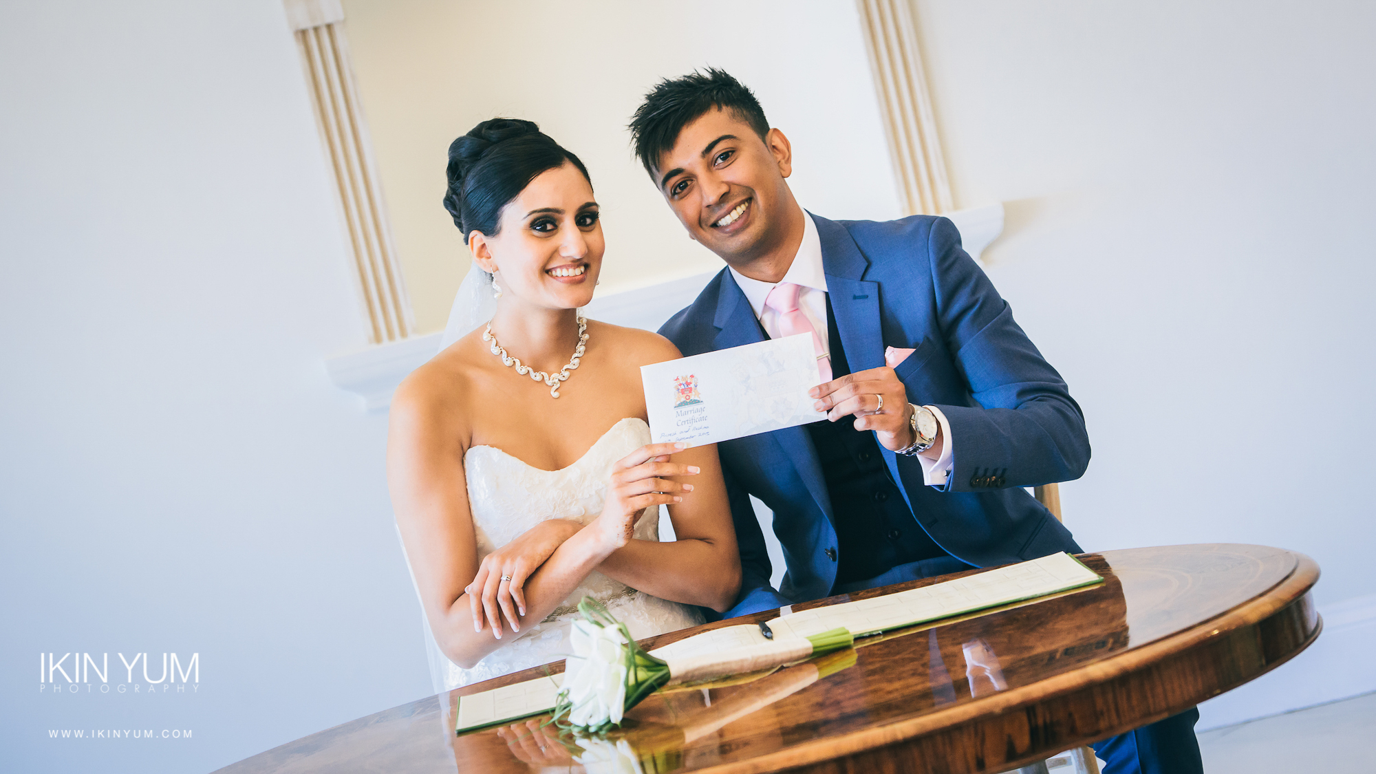 Froyle Park Indian Wedding - Ikin Yum Photography-067.jpg