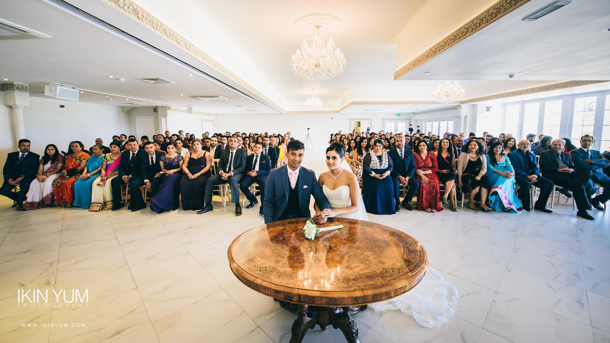 Froyle Park Indian Wedding - Ikin Yum Photography-070.jpg
