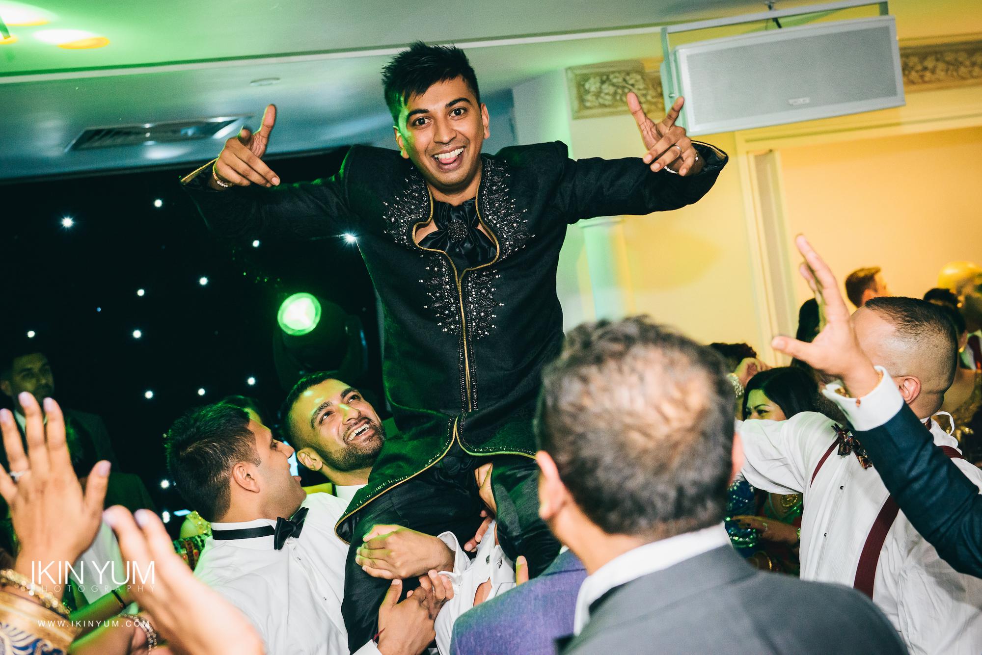 Froyle Park Indian Wedding - Ikin Yum Photography-157.jpg