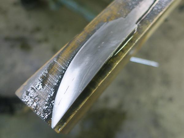 wet-knife.jpg