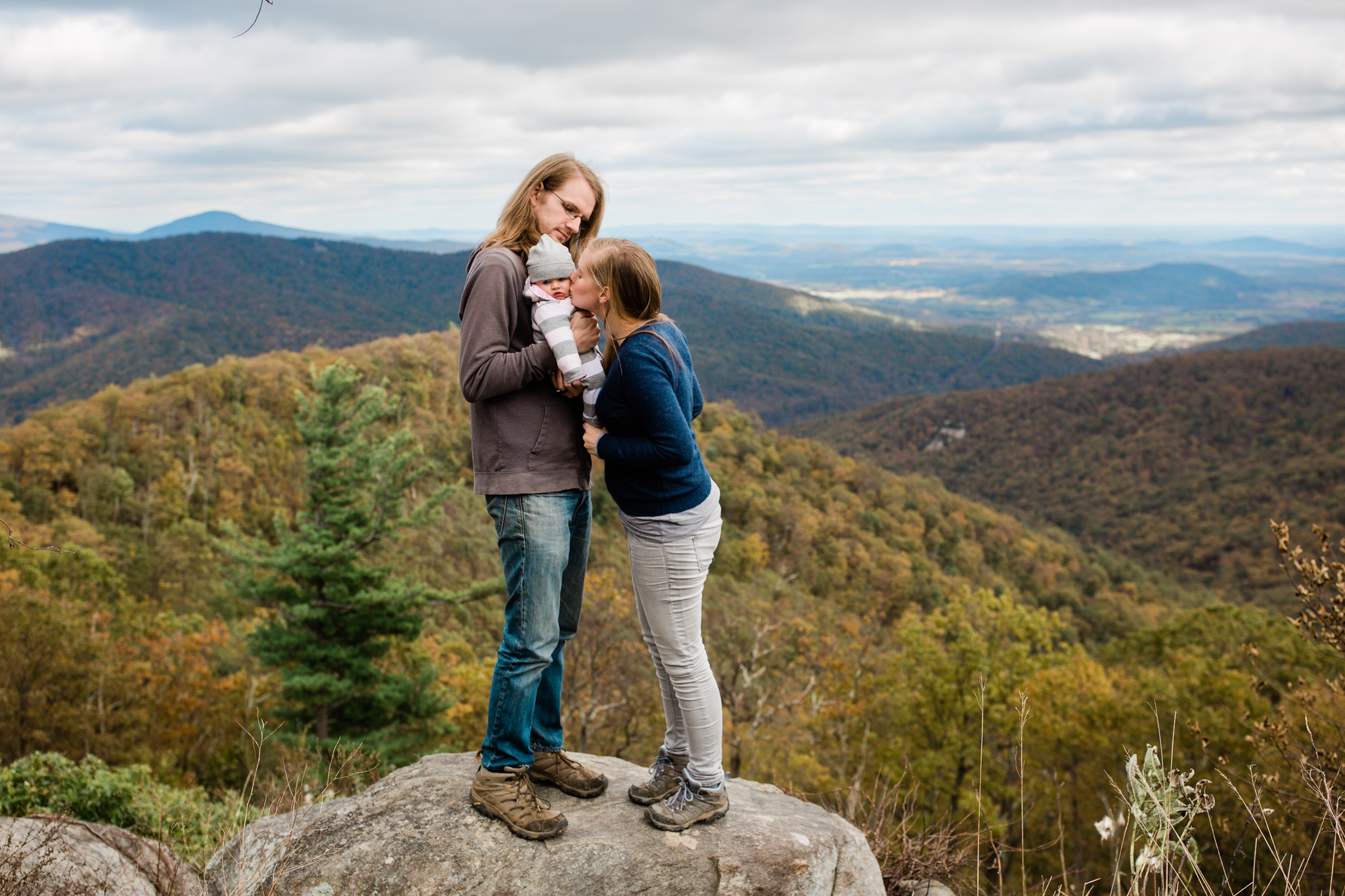 Heidi is a sweet friend I've known for more than ten years! When she asked me if I could take some photos of her family in Shenandoah National Park after a sunrise engagement session I had scheduled earlier in the day I couldn't say no! Welcome to the world sweet Auri.