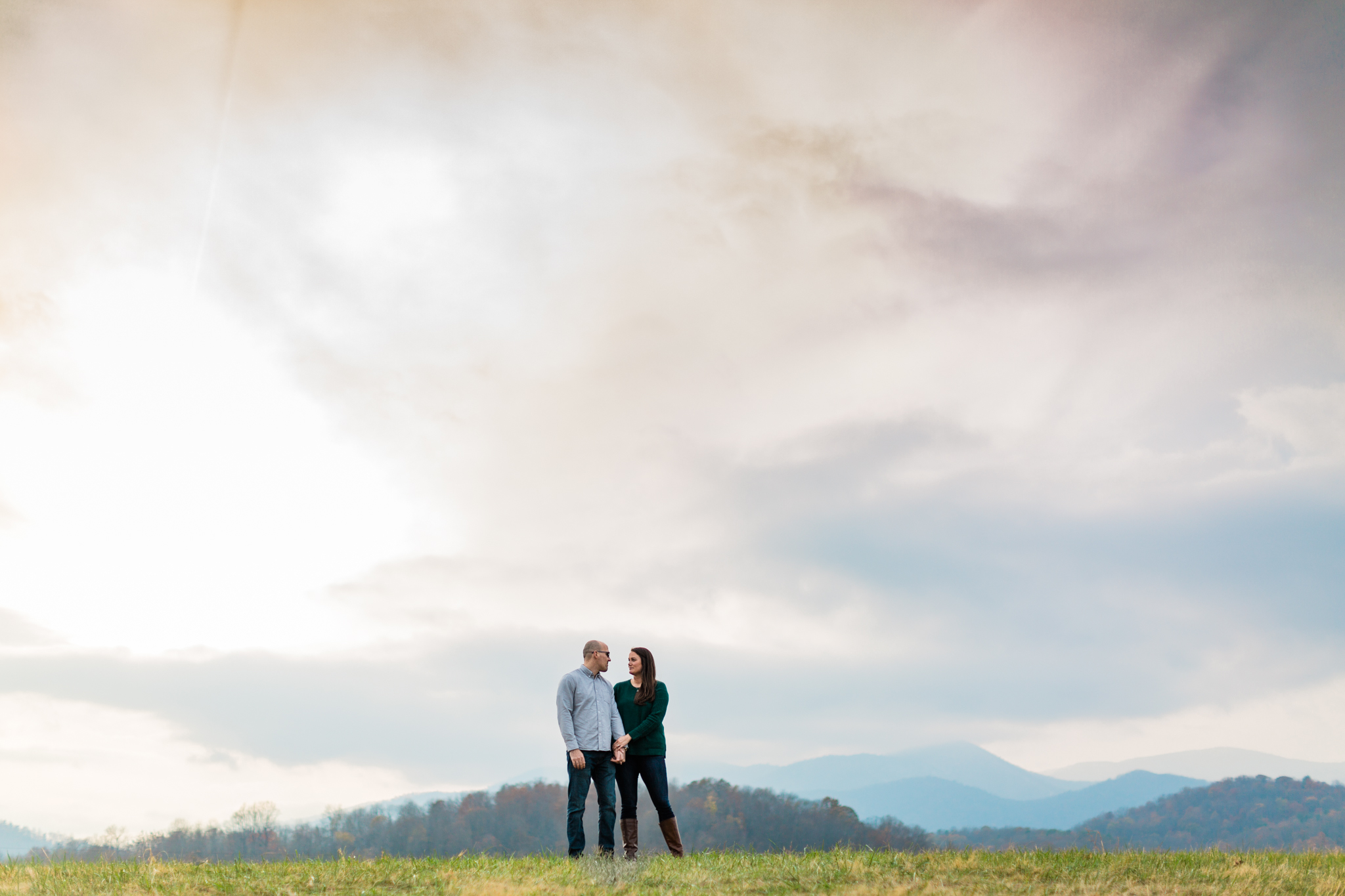 A Sperryville, Virginia engagement session outside of Shenandoah National Park
