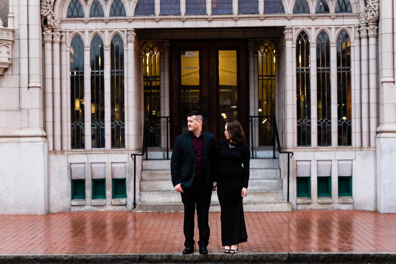 DowntownCharlestonWVEngagementPhotography-85.jpg