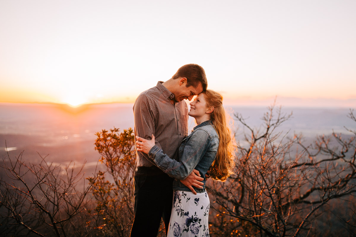 Shenandoah-National-Park-Engagement-Photography-42.jpg