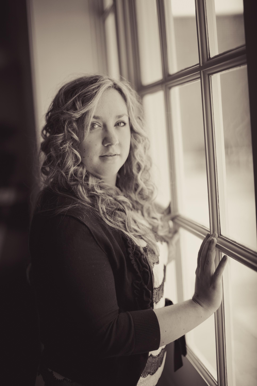Amy Cox Photo Shoot Hotel Roanoke Window.jpg