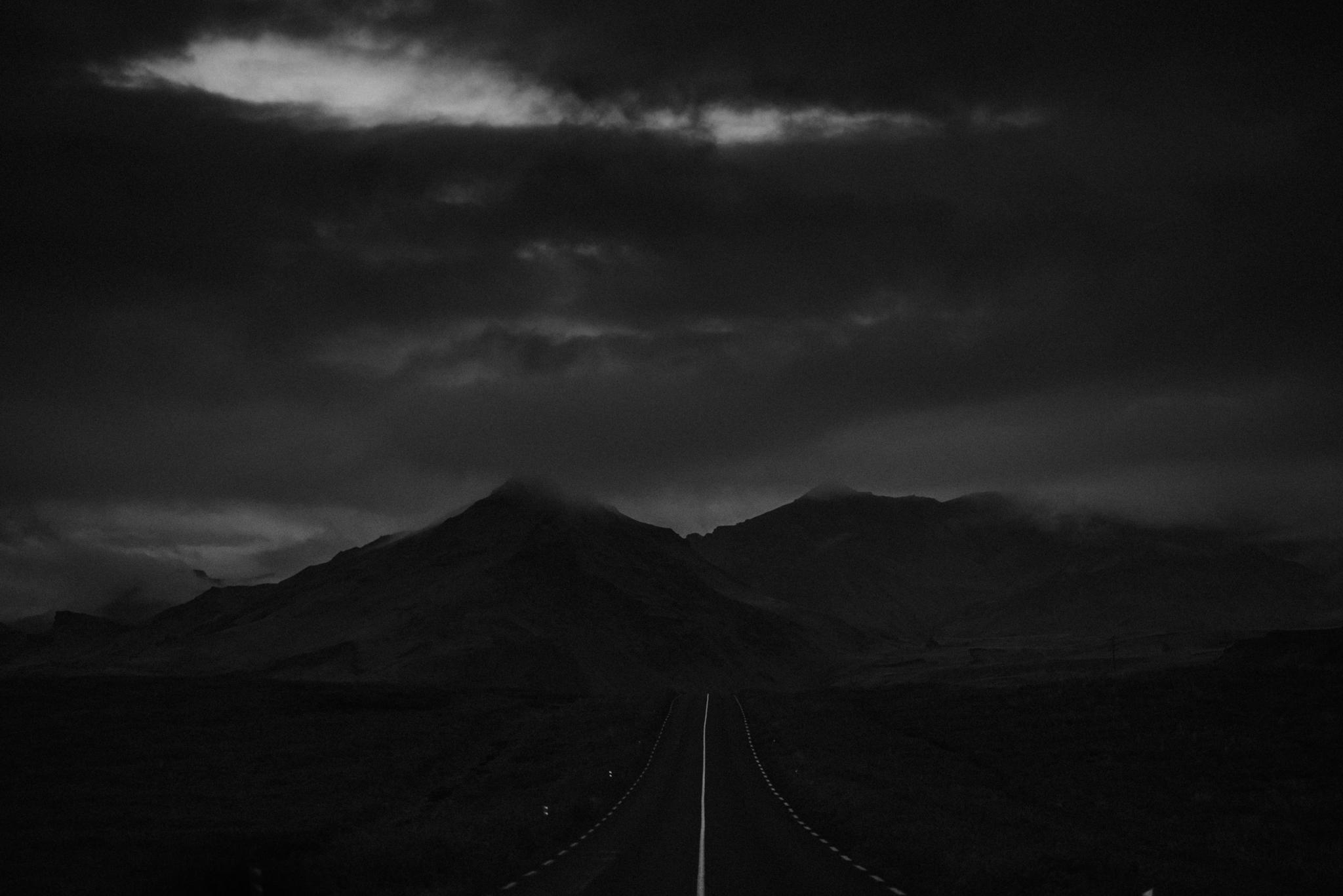 Romantic Iceland Elopement _ rafal bojar 102.jpg