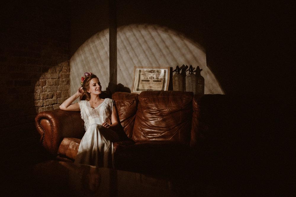 Scotland Romantic Barn Wedding _ rafal bojar 058.jpg