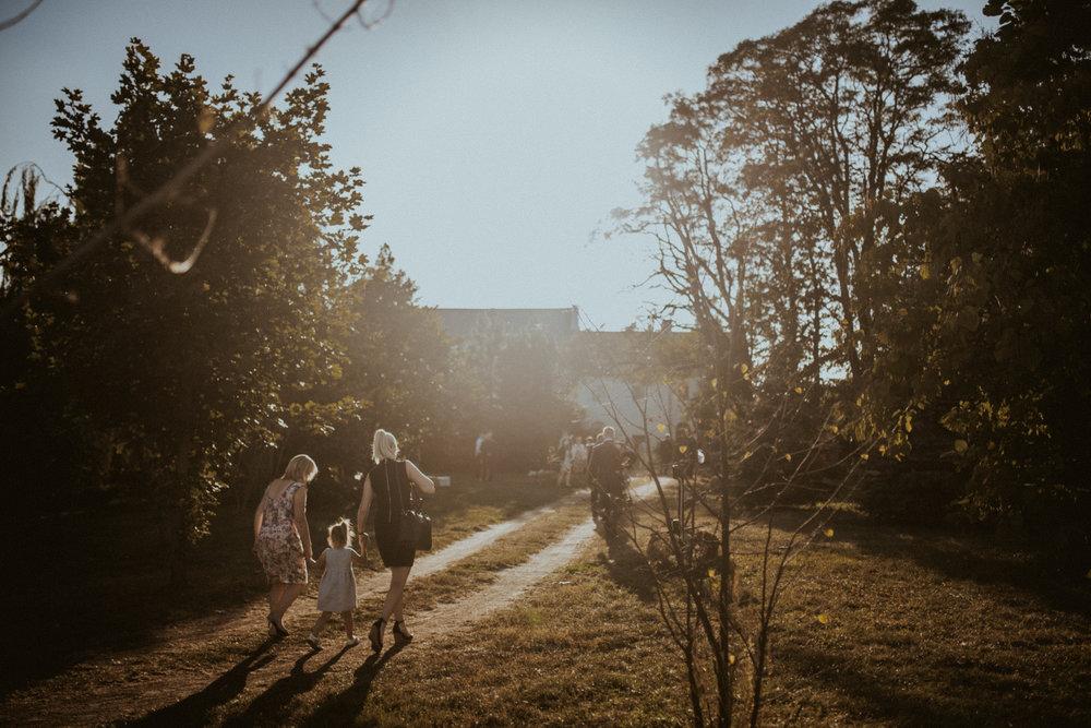 Scotland Romantic Barn Wedding _ rafal bojar 079.jpg