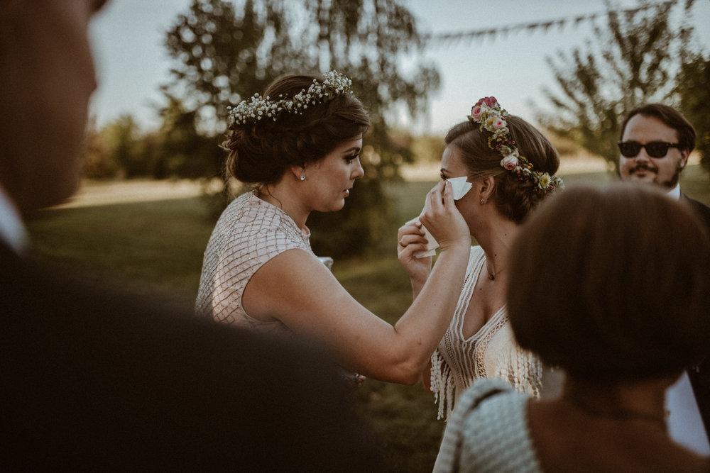 Scotland Romantic Barn Wedding _ rafal bojar 098.jpg
