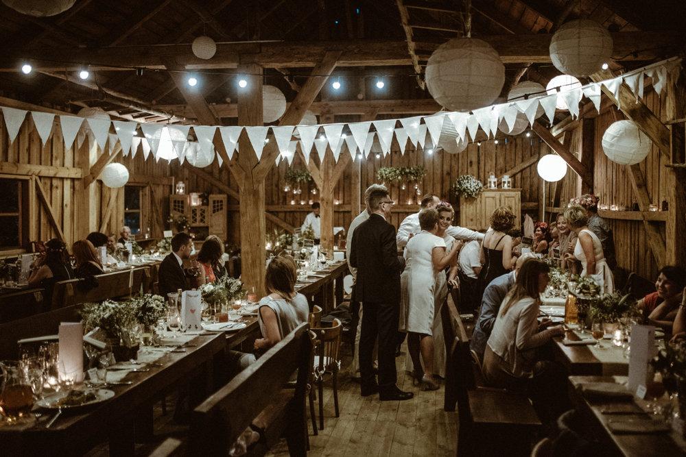 Scotland Romantic Barn Wedding _ rafal bojar 106.jpg