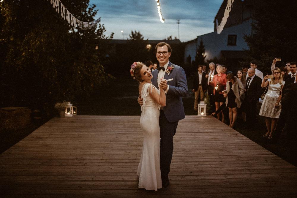 Scotland Romantic Barn Wedding _ rafal bojar 115.jpg